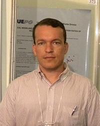 Dr. Giovani Sampaio Gonçalves