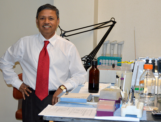 Article image for Big shoes to fill: Dhar takes reins at shrimp pathology laboratory