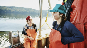 Poll: Americans want local seafood, stronger protections